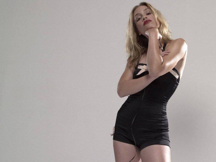 may 10 2011 at 2 49 pm labels hollywood actress wallpapers hollywood