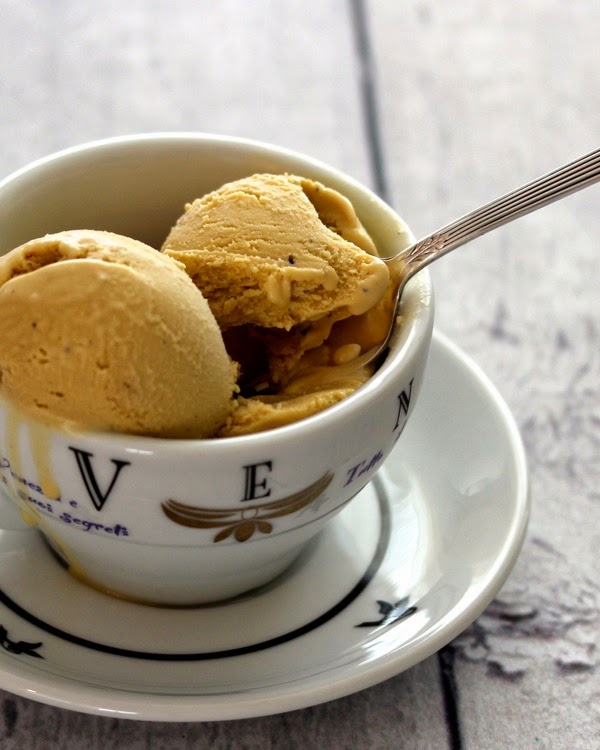coffee ice cream | a cup of mascarpone