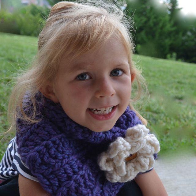 Daisies Crochet: Crochet scarf pattern \