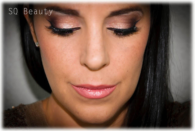 Maquillaje Chica Bombón en Navidad Silvia Quiros Bombshell makeup