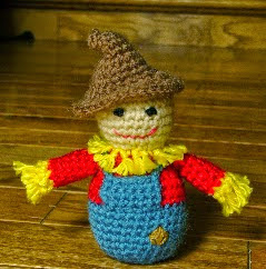 http://translate.google.es/translate?hl=es&sl=en&u=http://sanitybystitches.blogspot.com.es/2014/09/little-scarecrow-pattern.html&prev=/search%3Fq%3Dhttp://sanitybystitches.blogspot.com.es/2014/09/little-scarecrow-pattern.html%26biw%3D1429%26bih%3D961