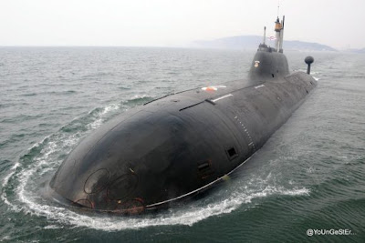 kapal selam India