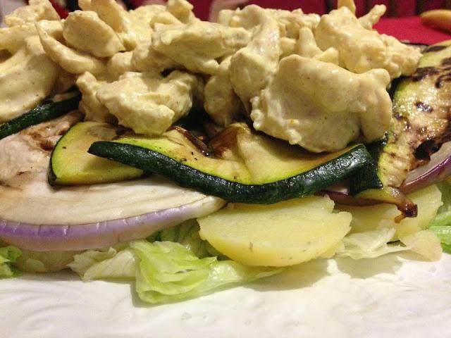 pollo al curry e verdure grigliate