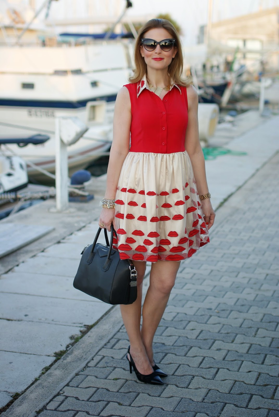 Choies red lips dress, NAU! sunglasses, red lips dress, Nando Muzi scarpe pizzo pelle, Fashion and Cookies, fashion blogger