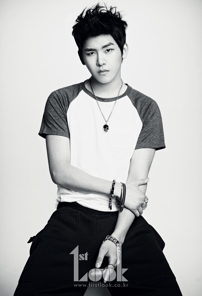 Infinite Hoya 2012 K-POP: Infinite (Photo...