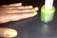 DIY Nail Polish Franken Green Glitter on UpcycleFever