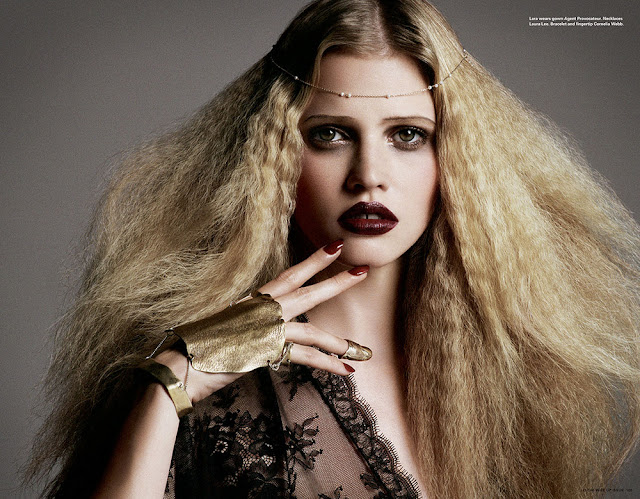 Lara Stone Biography and Photos