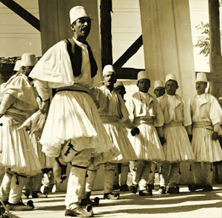 Gli albanesi e gli etruschi sono i rappresentanti puri e veri dell'Europa , civilizzatori dell'Italia : Domenico Palladino, 1939