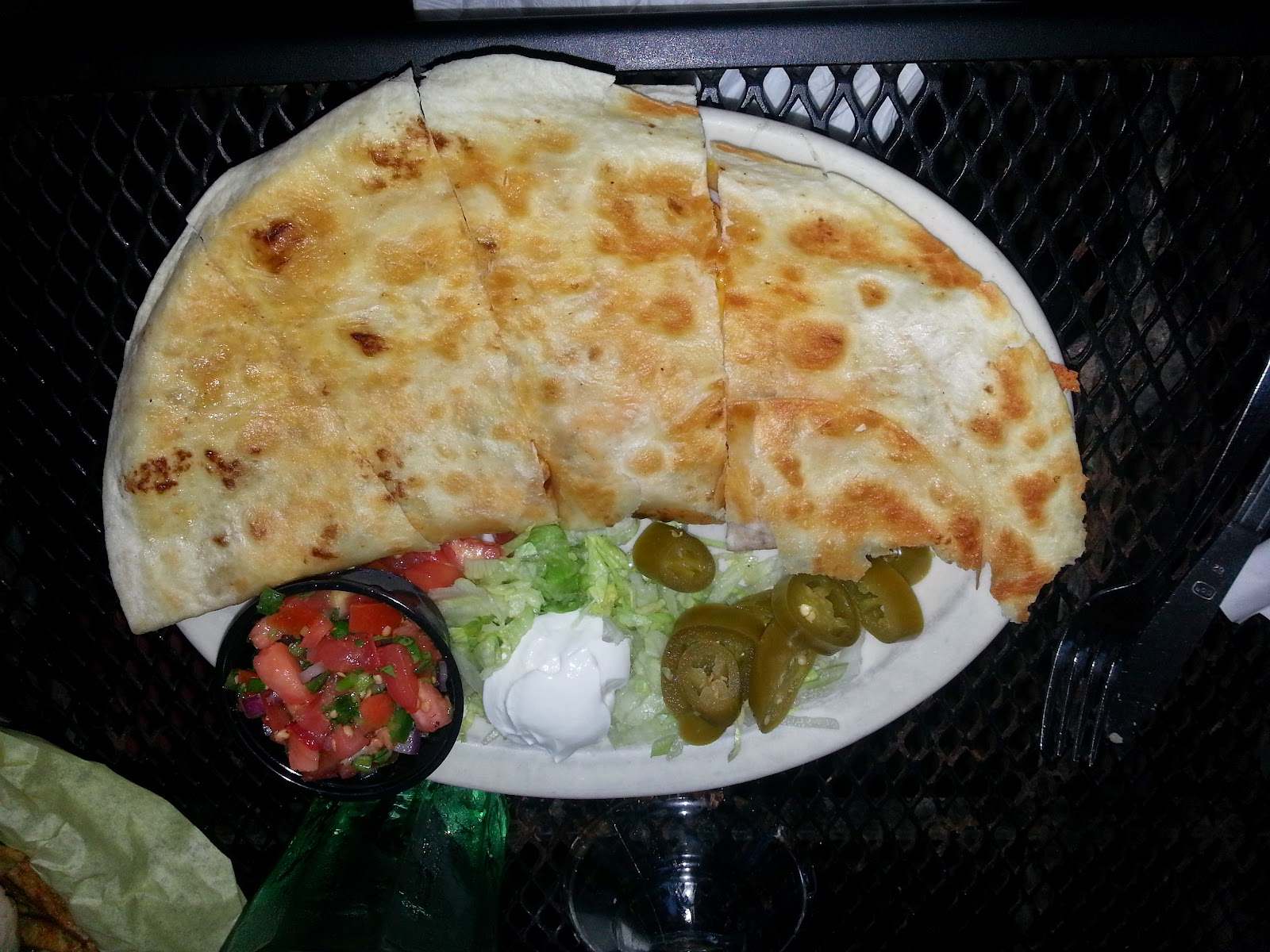 Ozona Chicken Quesadilla