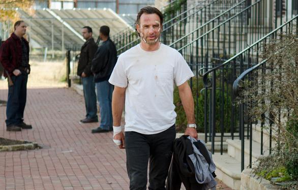 "10 Leadership Lessons From ""The Walking Dead"" Season 5 Finale"