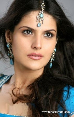 zarine khan bikini wallpapers. 2011 images Zarine Khan and
