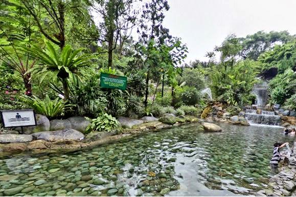 tempat liburan keluarga air panas Bandung