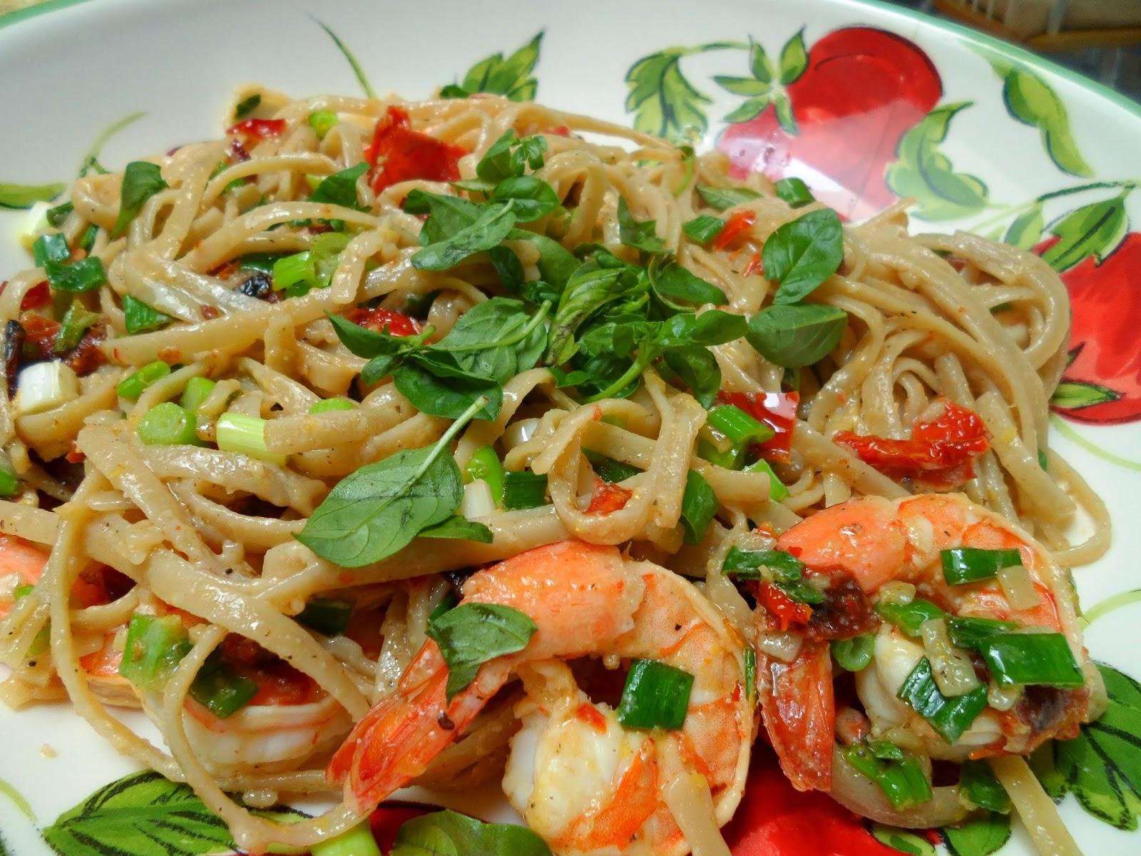 Savorychicks: Shrimp, Basil, Sun-dried Tomato with Pasta