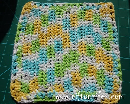 Free Crochet Washcloth Pattern The Wonder cloth http://www.niftynnifer.com/2014/05/free-crochet-washcloth-pattern-by.html #Crochet