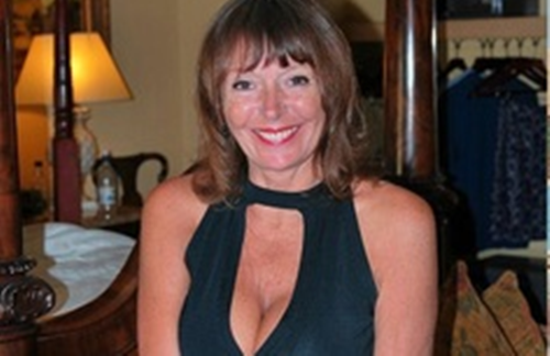 west alexandria mature women dating site Find and hook up with the sexiest local swingers in west alexandria,  a few couples and some beautiful sexy women  mature but all work very private clean.
