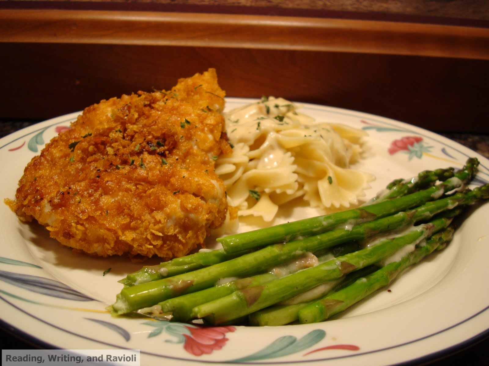 ... : Crispy Chicken with Creamy Italian Sauce, Farfalle, and Asparagus