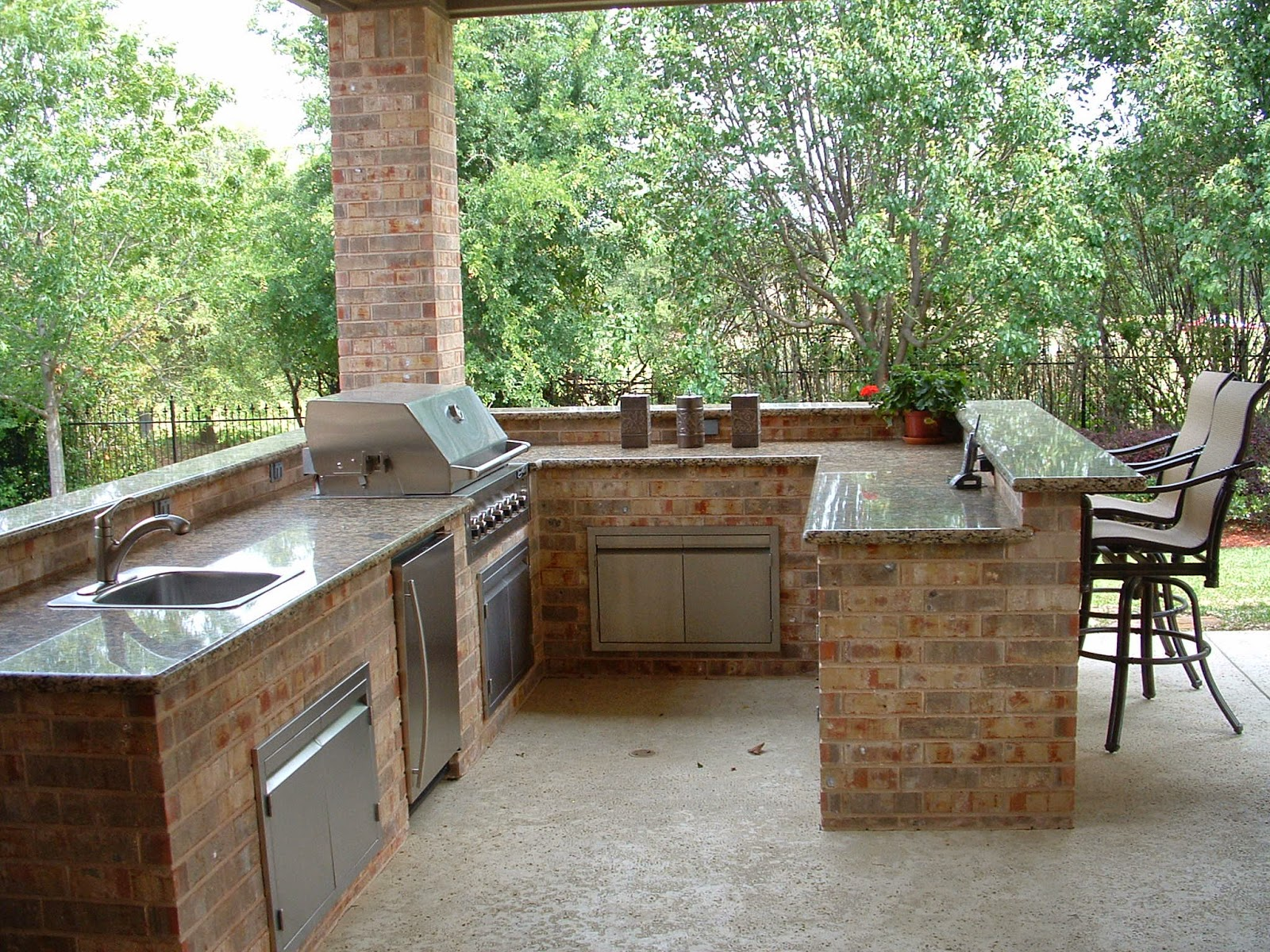 Simple Outdoor Kitchen Design Ideas Picture 13