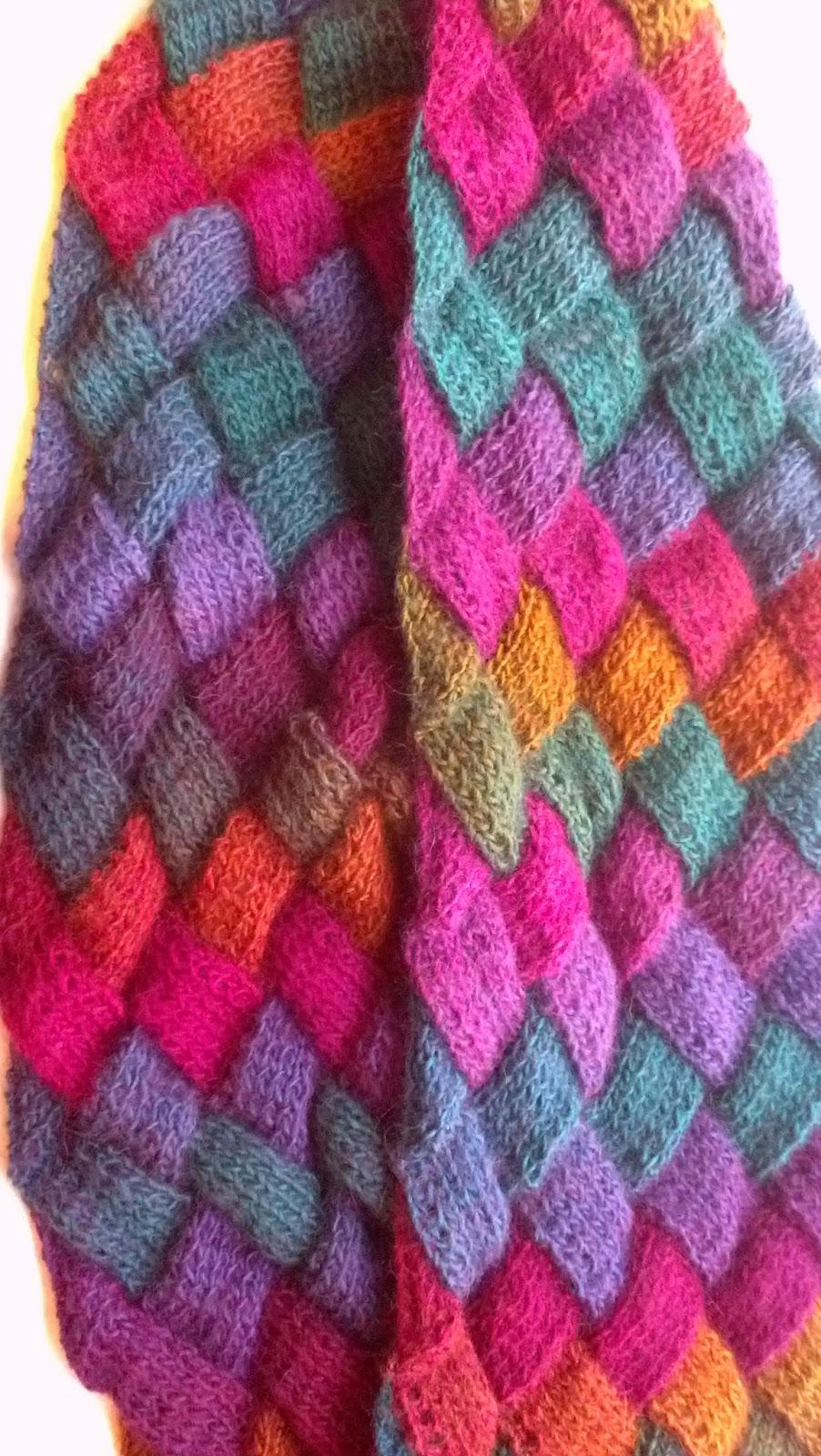 Entrelac scarf knit a bit crochet away entrelac scarf bankloansurffo Gallery