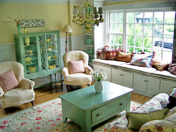 Cottage Living Room Decorating Ideas - Home Decorating Ideas