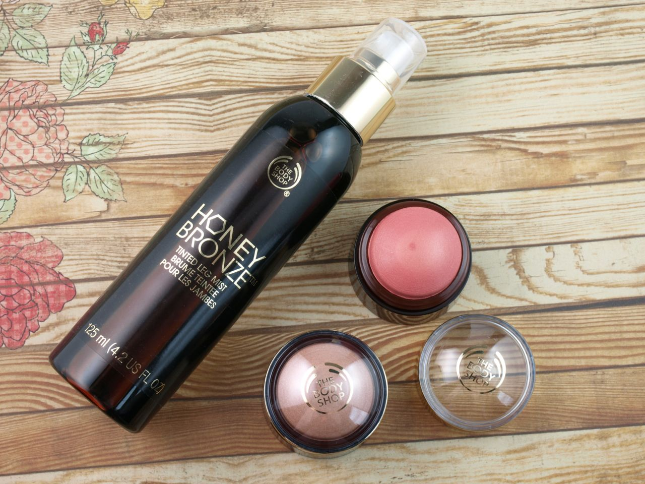 The Body Shop Honey Bronze Collection Tinted Leg Mist & Highlighting Domes: Review and Swatches