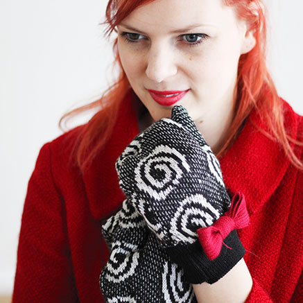 Sweater Into Gloves DIY