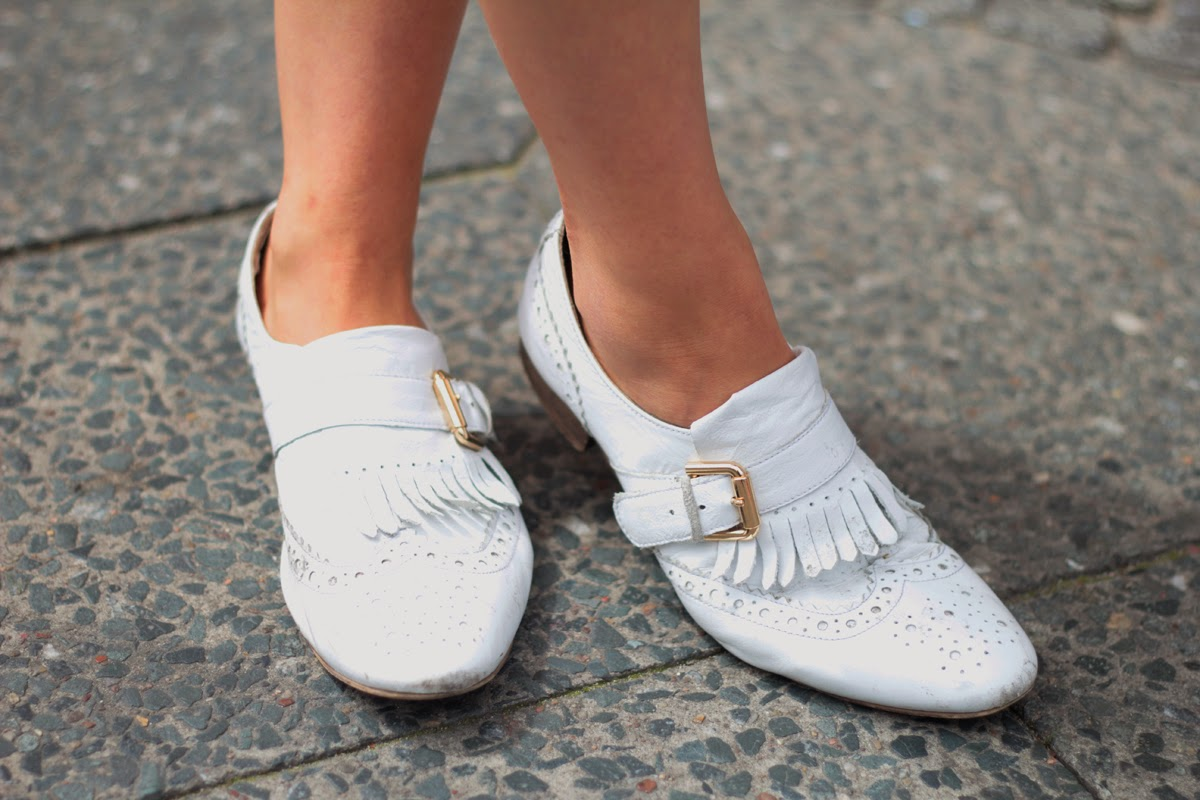 SHOES FLATS STYLE