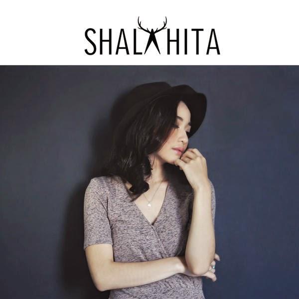 Lirik Lagu Adinda Shalahita - Jangan Didengar