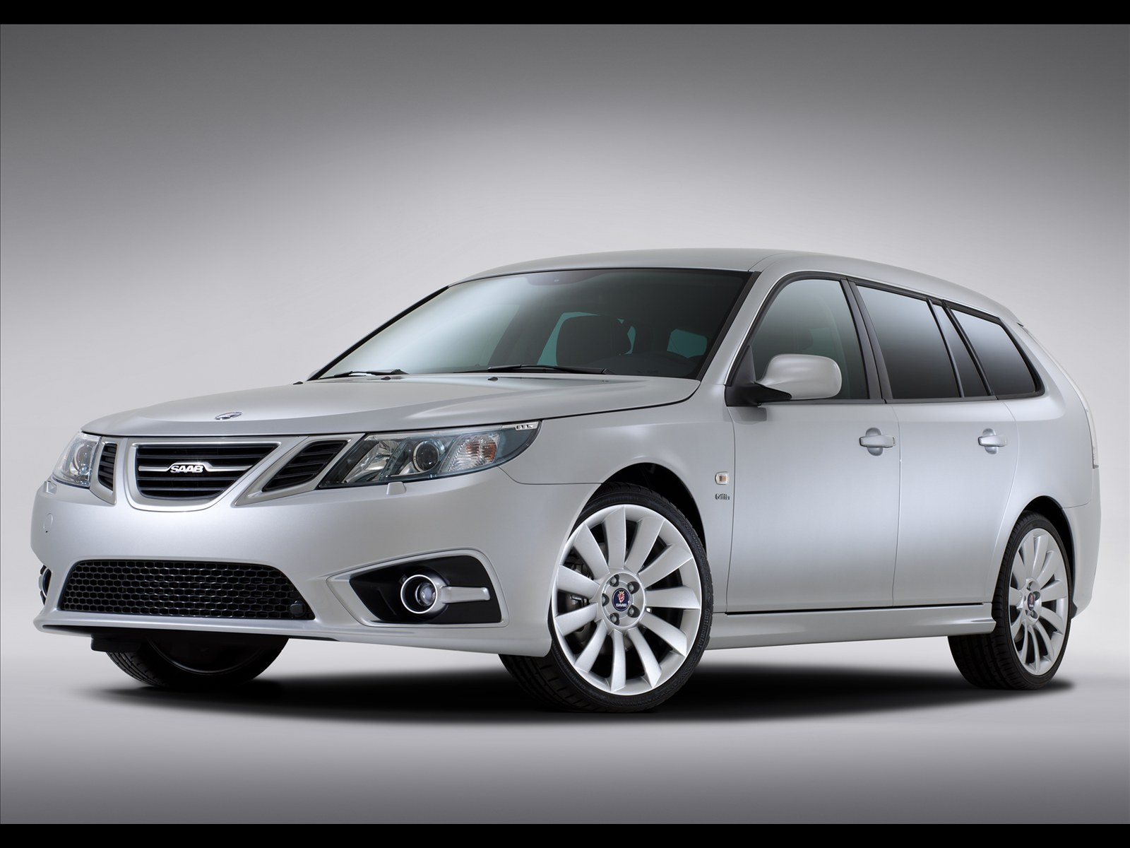 all types of autos saab 9 3 sportcombi aero griffin 2011. Black Bedroom Furniture Sets. Home Design Ideas