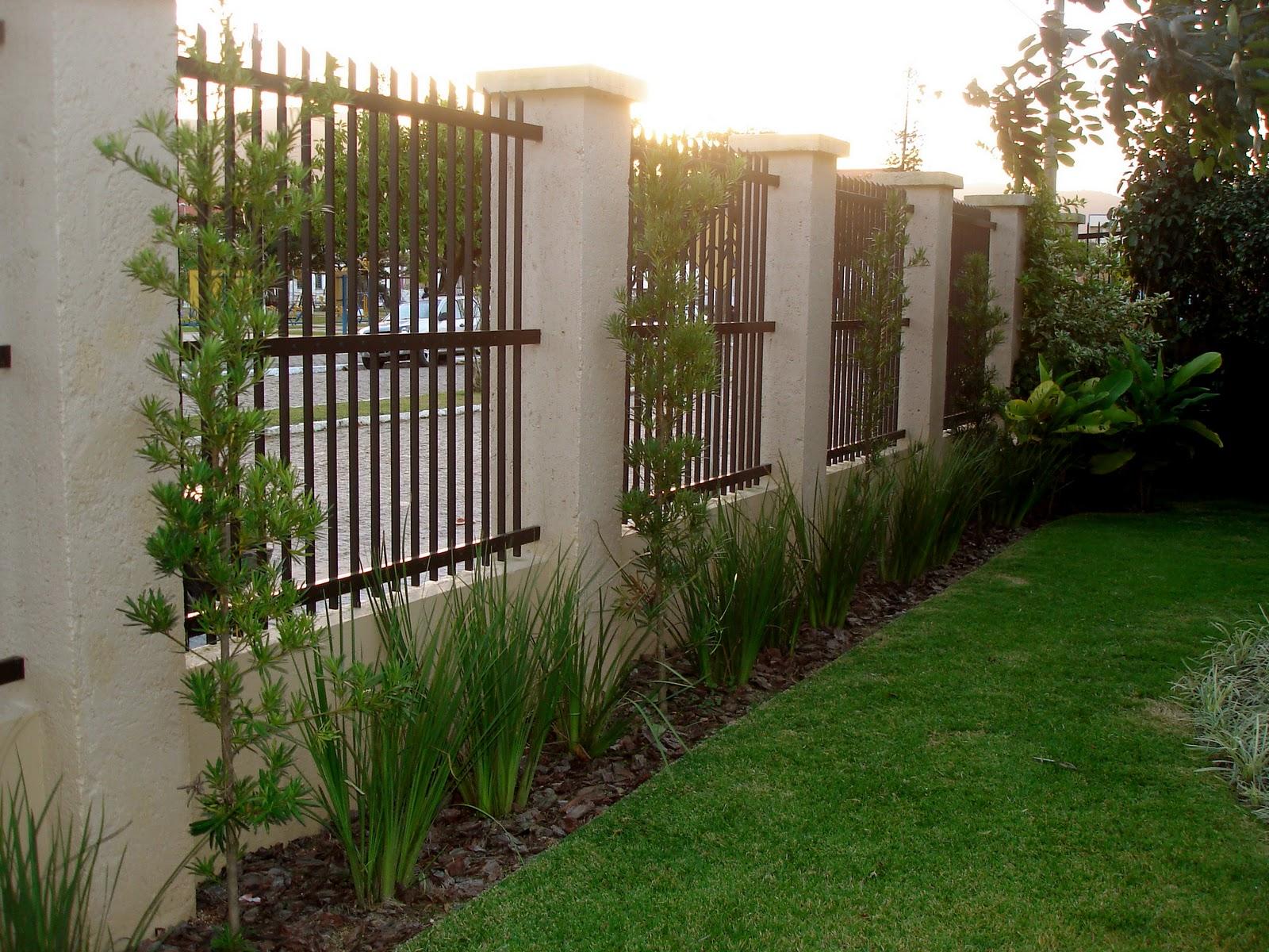 fotos jardim residencial : fotos jardim residencial: de Jardins: Projeto e execução: jardim residencial (Imbituba/SC