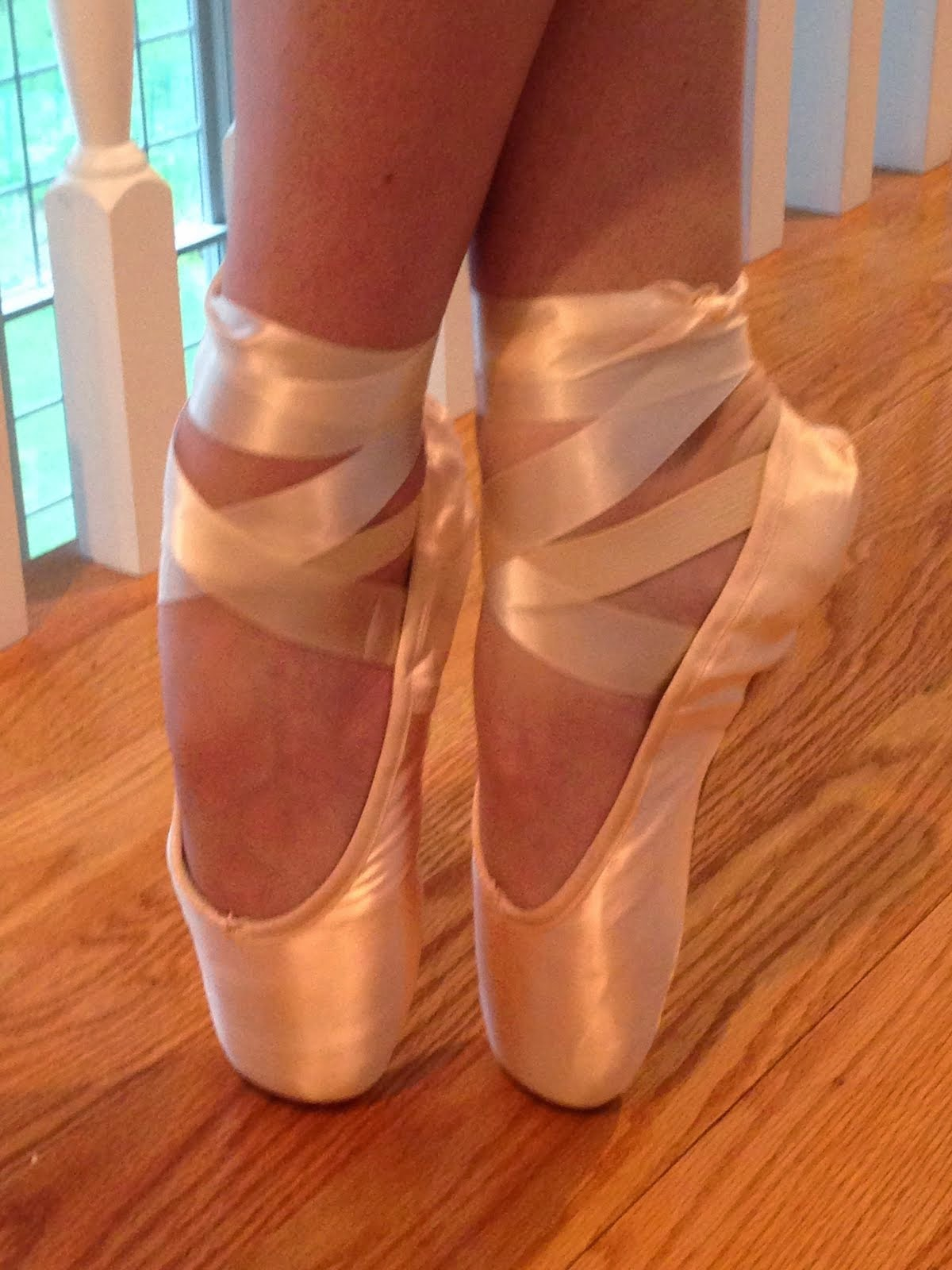 EN POINTE WITH SCOLIOSIS