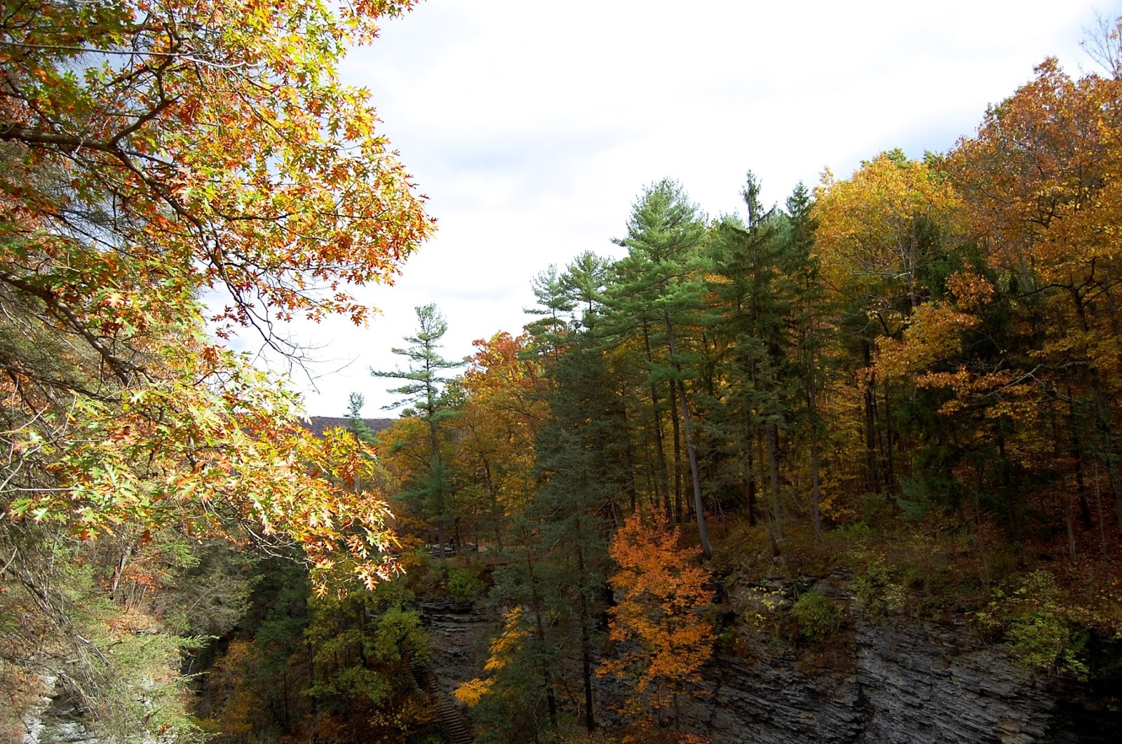 Fall foliage at Watkins Glen State Park in Upstate New York, Weekend Getaways