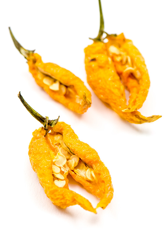 Dry Beni highland chili with seeds