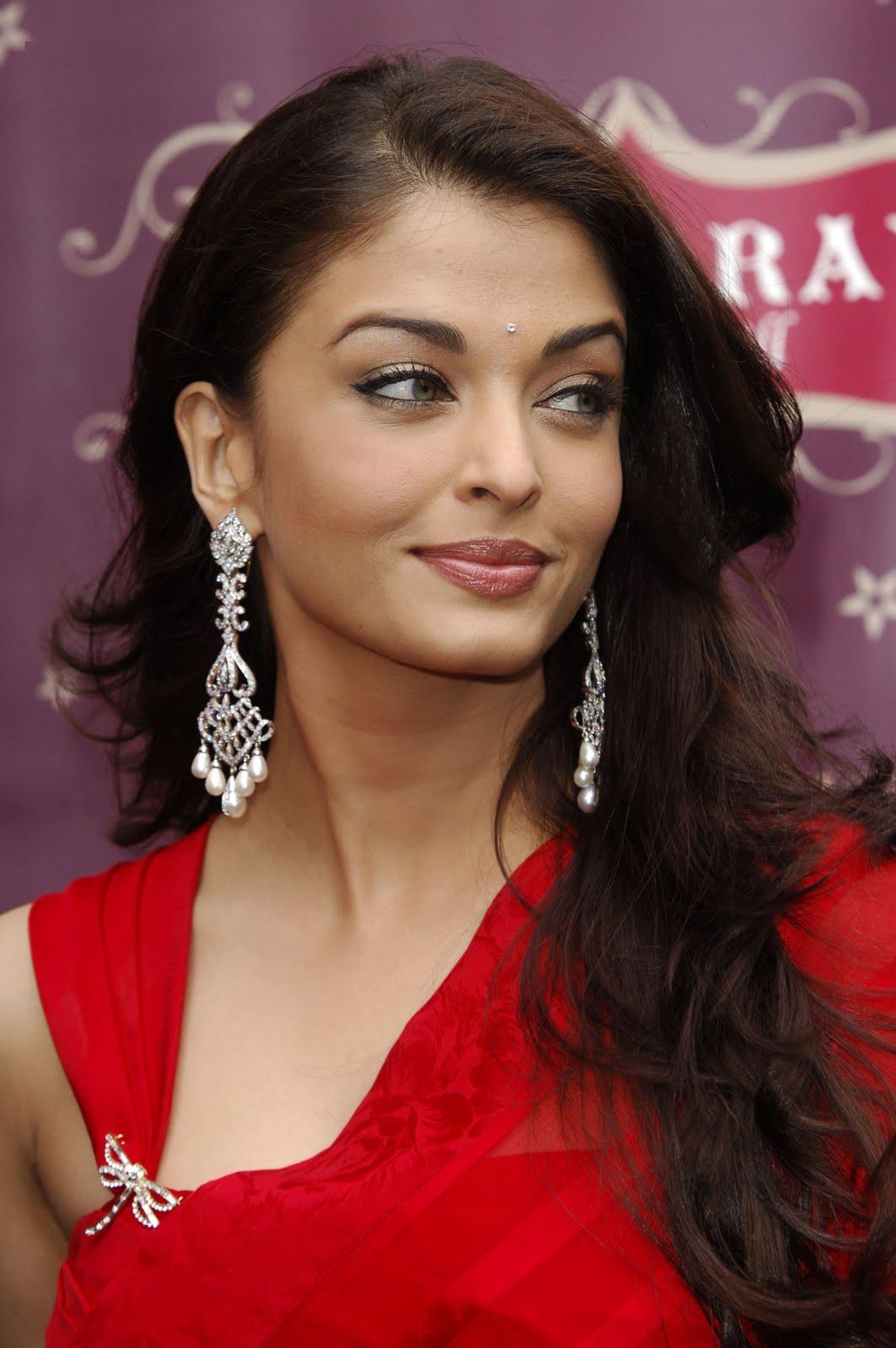 http://2.bp.blogspot.com/-z2xVlZZGekA/TmpyVxGB3qI/AAAAAAAAF_0/b5eplkD2TEI/s1600/Bollywood+actress+super+images1.jpg