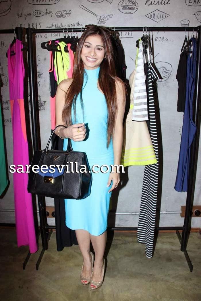 Actress Tanisha Mukherjee