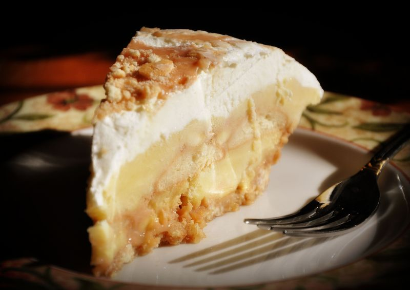Pie Review: Salted Caramel Banana Pudding Pie