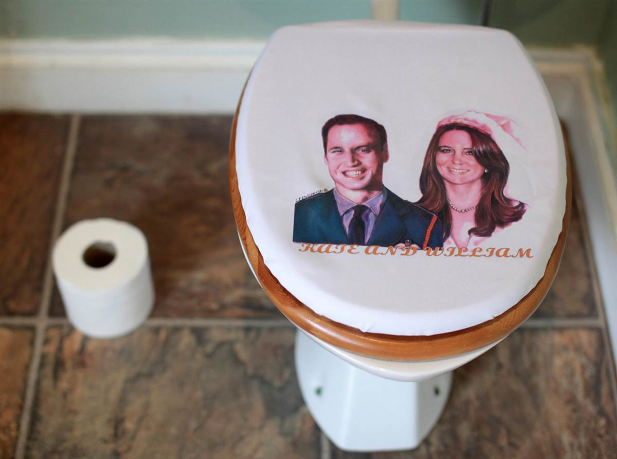 toilet seat cover1 A porn site that uses Manhunt's millions of members to find guys who want to ...