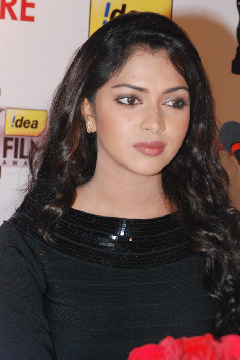amala paul at 59th idea filmfare awards press meet cute stills