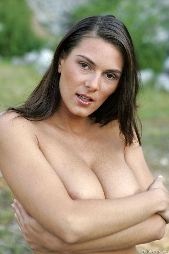 Mujeres maduras sensuales que se desnudan - epornoxxx