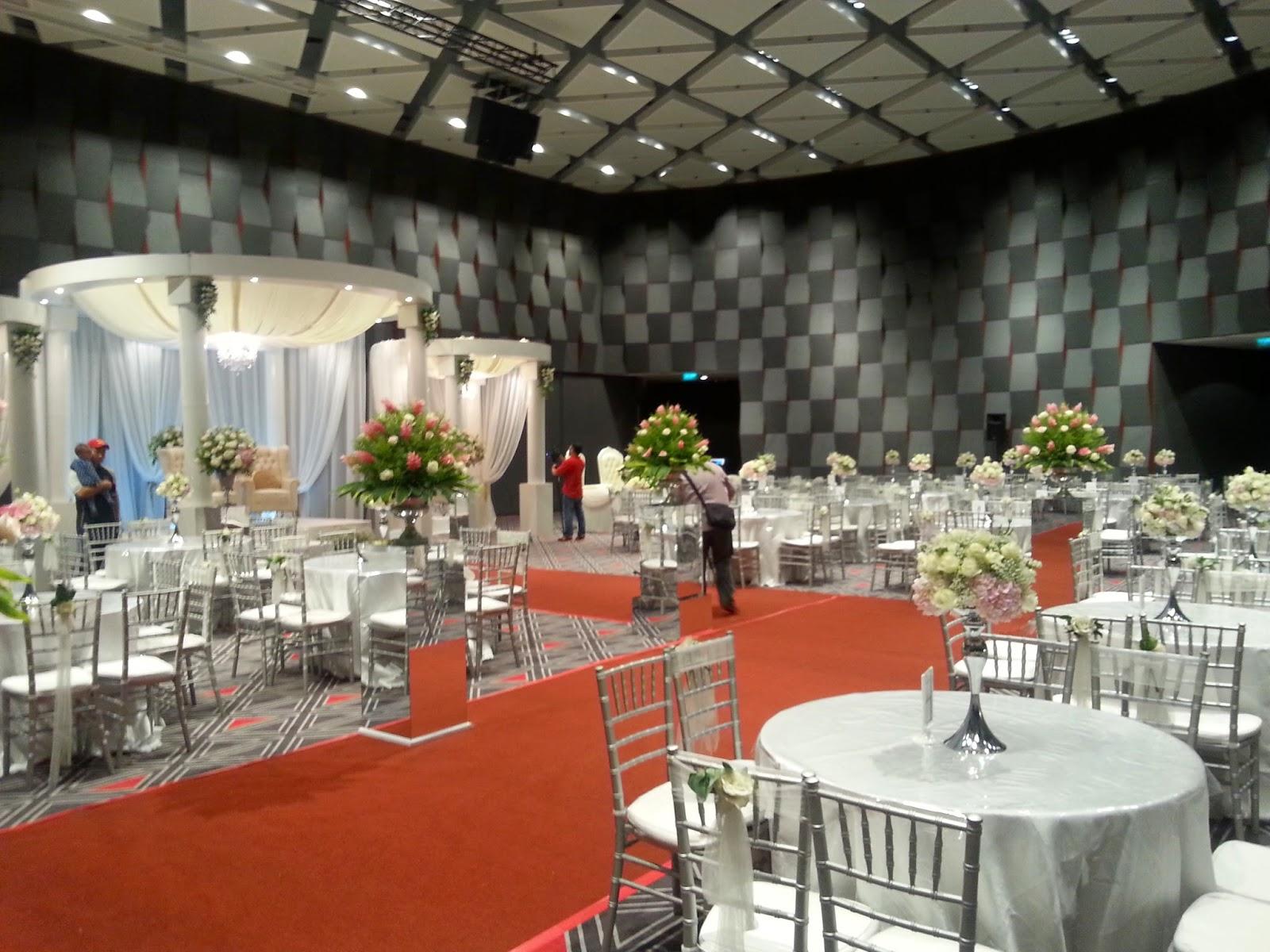 Ue convention wedding