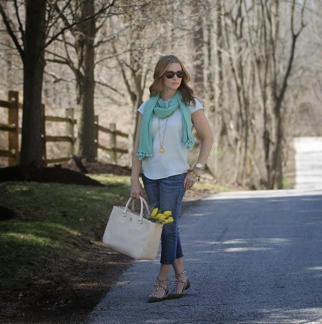 jcrew top, old navy rockstar jeans, valentino rockstud, tory burch robinson handbag, julie vos jewelry, elizabeth & james sunglasses