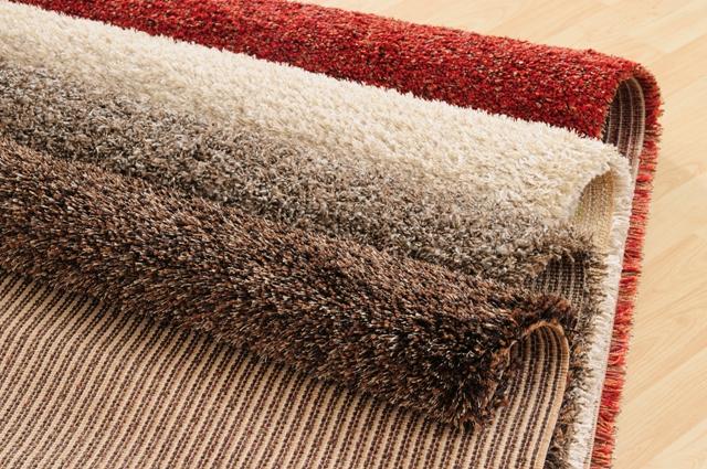 Tips Mengatasi Warna Karpet yang Memudar