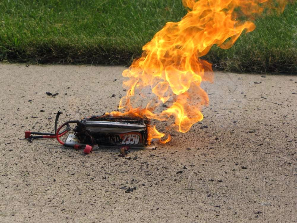 rc car explosion with Restoring Over Discharged Lipos on Restoring Over Discharged LiPos likewise Four Stroke Engine Work likewise Mini Van besides Television X1kPYqdIJ4AoM moreover 05996.