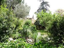 Le Jardin avec vue sur le clocher