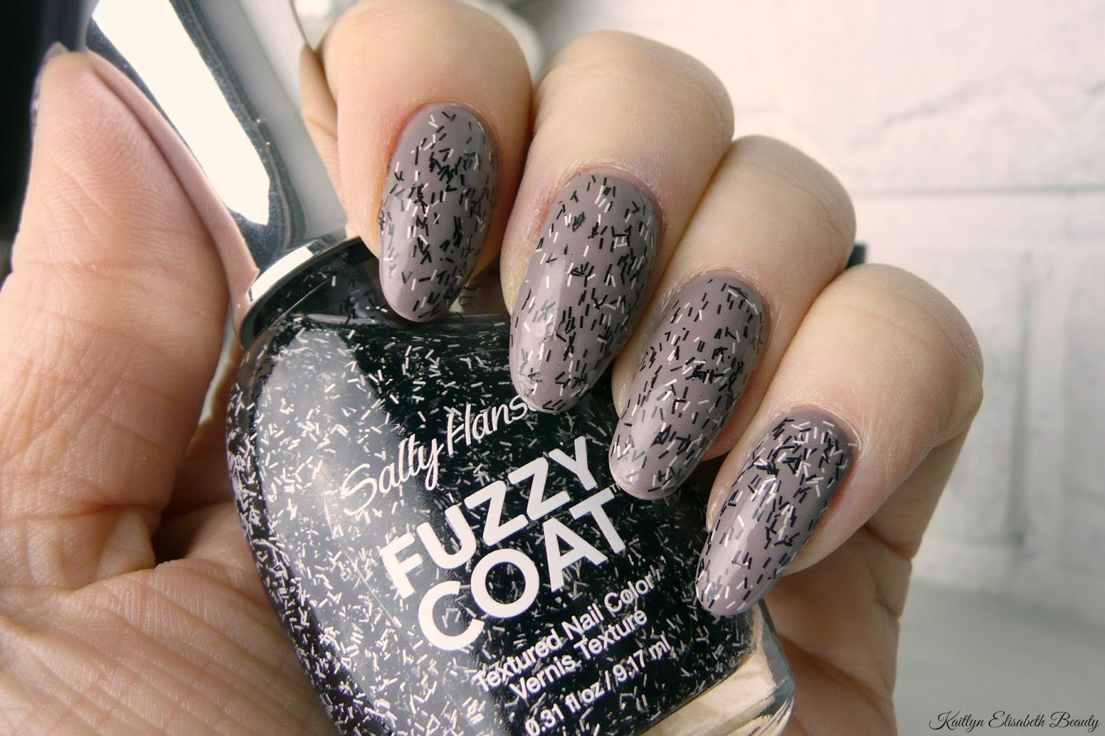 Mani Monday: Sally Hansen Fuzzy Coat | Kaitlyn Elisabeth Beauty