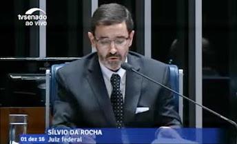 País | A indigesta manhã do juiz Moro no Senado Federal