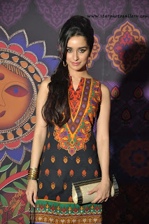 Aashique-2-actress-hot-Shraddha-Kapoor-photo-shoot