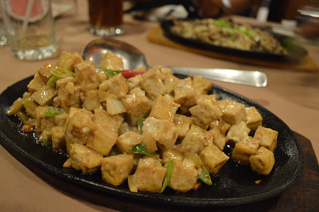 Max's Restaurant Sizzling Tofu