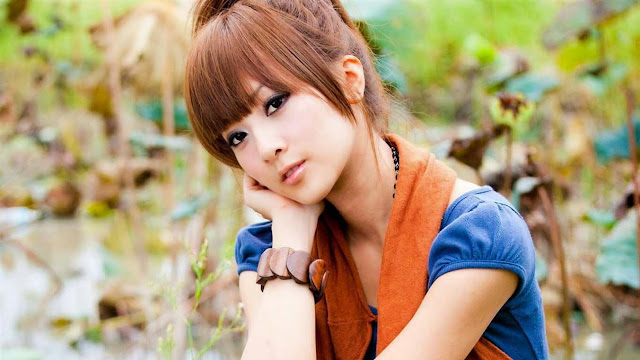 2543-Pretty Cute Girl HD Wallpaperz