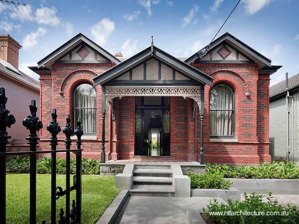 Arquitectura de casas las fachadas de las moradas for Fachada tradicional