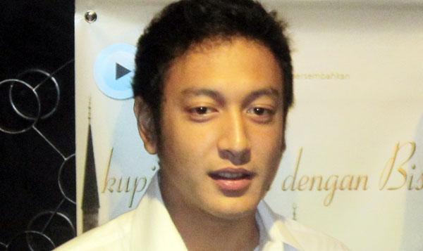 Artikel   quot Biodata Dimas Anggara dan Kisah Karir quot  ini bersumber asli    Foto Dimas Anggara Dan Febby Blink